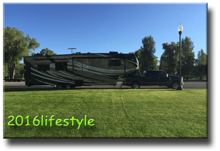 2016 Lifestyle Description 36 FWS Ford 350 SRW